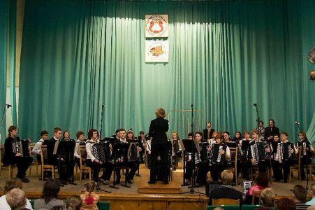 10 Bayan Orkestr